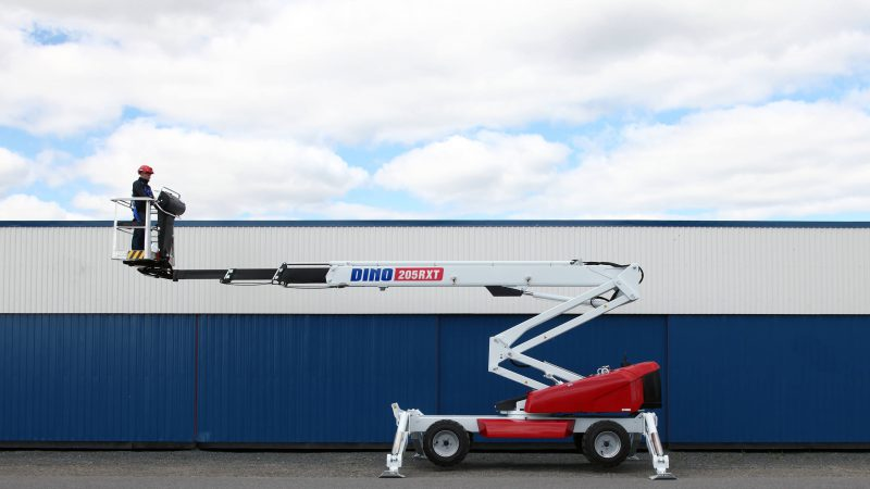 The DINO 205RXT access platform.