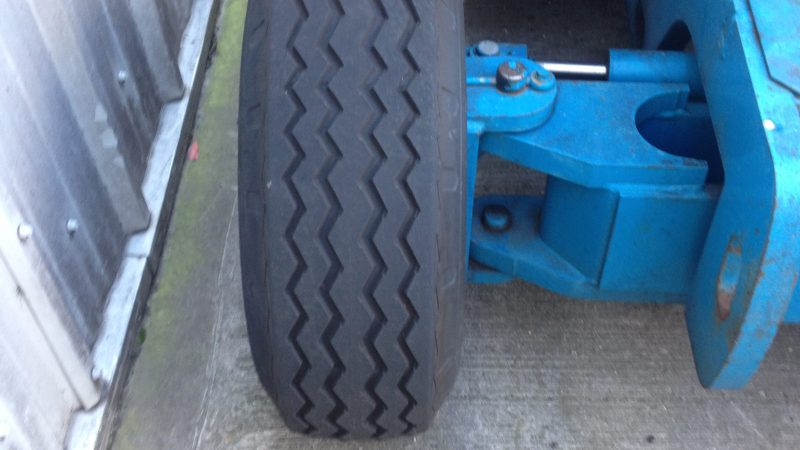 The wheel condition of the Genie Z45 25 Bi-fuel we have for sale.