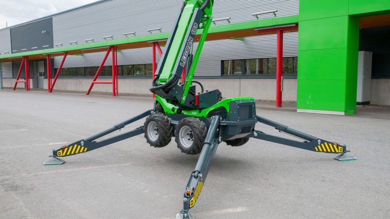 The spider supports on the Leguan 165.