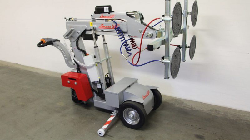 The SL 280 Standard glazing robot.