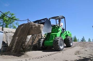 A general bucket attachment on an Avant loader.