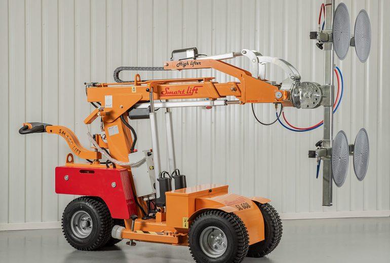 The Smartlift SL 608 range of glazing robots.