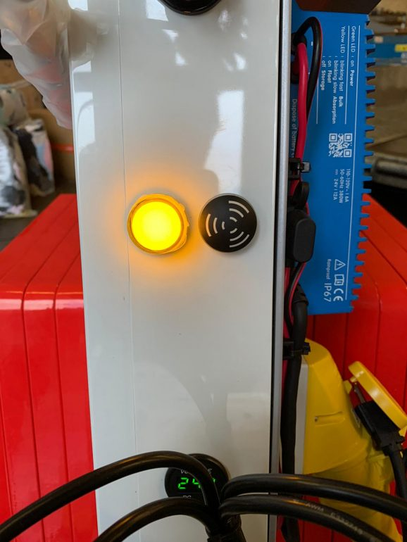 The vacuum warning alarm on Smartlift glazing robots.